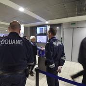 Terrorisme: les douaniers alertent sur la «destruction» de leurs effectifs