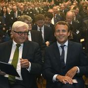 Emmanuel Macron en opération séduction à Berlin