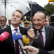 Emmanuel Macron, la coqueluche de l'aile droite du Parti socialiste