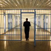 Prison: les surveillants tirent la sonnette d'alarme