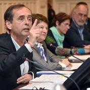 «Ils arrivent» : Robert Ménard utilise le journal de Béziers pour créer la peur des migrants