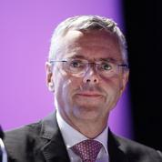 La prime de Michel Combes divisée par deux et ramenée à 7,9 millions d'euros