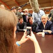 Alain Juppé en visite surprise au Campus des Jeunes Républicains
