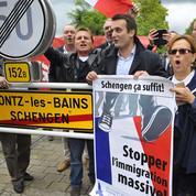 Florian Philippot dépose une gerbe à Schengen et agace le Luxembourg