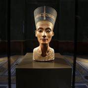 Un égyptologue part à Louxor pour retrouver la tombe de Néfertiti