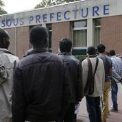 Comment la droite veut muscler le texte sur le droit des étrangers en France