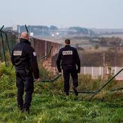Une centaine de migrants marchent 15 km dans le tunnel sous la Manche
