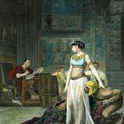 Les Derniers jours des reines : souveraines dans l'arène de l'histoire