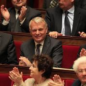 Impôts: le projet de Ayrault qui bouscule le gouvernement