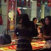 En Chine, elle jette ses liasses de billets sur une vendeuse et indigne le Web