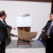 François Hollande en visite dans l'antre des latinistes