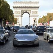 Spectre :les voitures de James Bond ont remonté les Champs Élysées