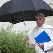 Synode sur la famille: débat tendu au Vatican