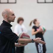 «Réussir un déplacement planifié» : le jargon des profs de sport toujours présent
