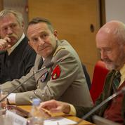 Militaires et écologistes fraternisent contre le dérèglement climatique