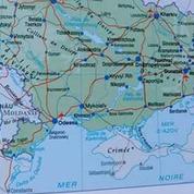 Dans son Atlas 2016, Larousse situe la Crimée en Russie