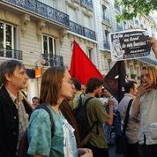 Intermittents: Manuel Valls remet timidement le dossier sur la table