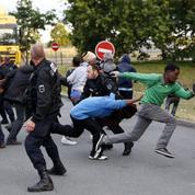 Migrants : la «jungle» de Calais serait située en zone à risque