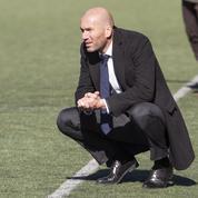 En retard à l'entraînement, Zidane s'inflige une amende