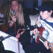 Amy Winehouse évoque son passé de rappeuse dans un bonus d'Amy