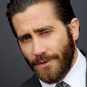 La psychologie de l'homme à barbe attaquée