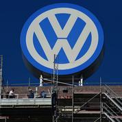 Le scandale Volkswagen fait plonger le groupe dans le rouge
