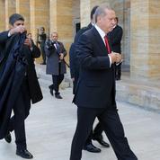 Turquie: Erdogan, le sultan contesté cherche sa revanche