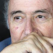 Un dirigeant suisse dévoile le salaire «déraisonnable» de Sepp Blatter