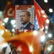 Turquie: une victoire pour l'AKP, mais pas un blanc-seing