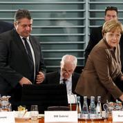 Pour Angela Merkel, la crise migratoire devient politique