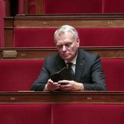 CSG: Ayrault force la main à Valls et Hollande