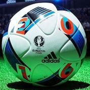 Zinédine Zidane dévoile «Beau Jeu» : le ballon de l'Euro 2016
