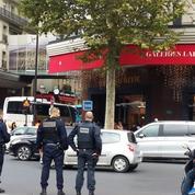Ambiance ville morte près des grands magasins de Paris