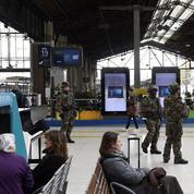 Attentats de Paris: les mesures pour reporter son voyage