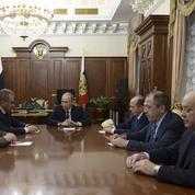 Moscou qualifie le crash du Sinaï «d'attentat» et va «intensifier» ses frappes en Syrie