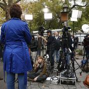 État d'urgence : des députés PS veulent le maintien du contrôle de la presse