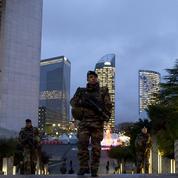 Attentats de Paris : Abaaoud projetait de se faire exploser à La Défense