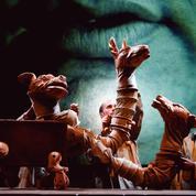 De l'Afrique du Sud à l'Indonésie, le théâtre agit