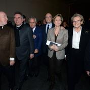 Autour de Calmels, Juppé et Bayrou prônent l'entente et le rassemblement