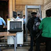 Une heure de queue au Palais de justice de Paris… à la suite d'une mesure de sécurité