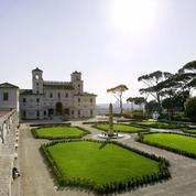 Villa Médicis : la photo des pensionnaires scandalise les Italiens