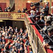 Déchéance de nationalité: la décision de François Hollande suscite le malaise à gauche