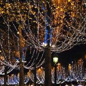 Combien coûtent les illuminations des fêtes à la planète ?