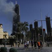 Plusieurs blessés après un spectaculaire incendie dans un hôtel de Dubaï