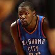 Kevin Durant, star de la NBA, devient ambassadeur de Panini