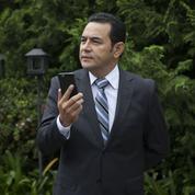 Le très attendu président du Guatemala prend ses fonctions