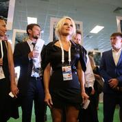 Pamela Anderson attendue à l'Assemblée pour dénoncer le gavage des oies