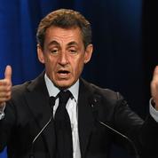 À Nîmes, Nicolas Sarkozy se pose en rassembleur