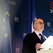 Schengen: Paris et Berlin accordent un sursis à la Grèce