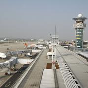 Les contrôleurs aériens réclament plus d'effectifs et de pouvoir d'achat